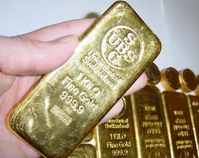 1 Kg zlatá cihla.