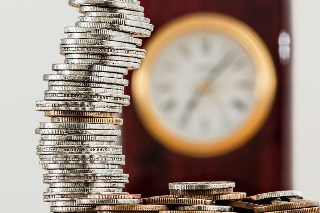 Vstupní poplatky v investičních fondech mohou snadno VAší investici paralyzovat.